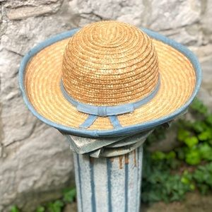 Vintage Accessories - Vintage straw hat with bow detail
